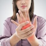 Don't Ignore The Numbness Of Your Hands Causes That Produce Tingling